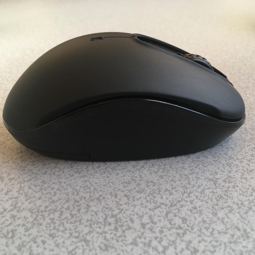 ダイソー Bluetoothマウス 側面